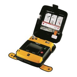 Defibrylator LIFEPAK 1000 wersja z EKG (nr 99425-000110)